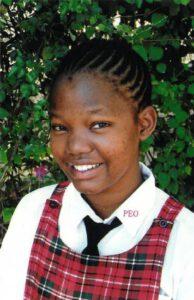 Eine Welt Stiftung Phorester Patenkind und Schülerin Lulu Girls High School